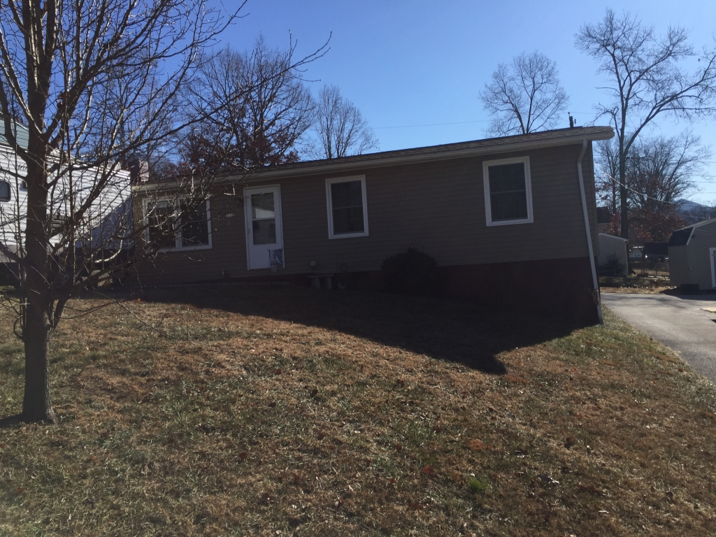 222 E 35th St, Buena Vista, VA 24416 MLS #132564  Ranch Home with many recent updates. Some of which are, new roof, vinyl siding, double pane windows, heat pump, kitchen and bath. This 3 bedroom home also offers off Street parking. new flooring with wood floors under most.